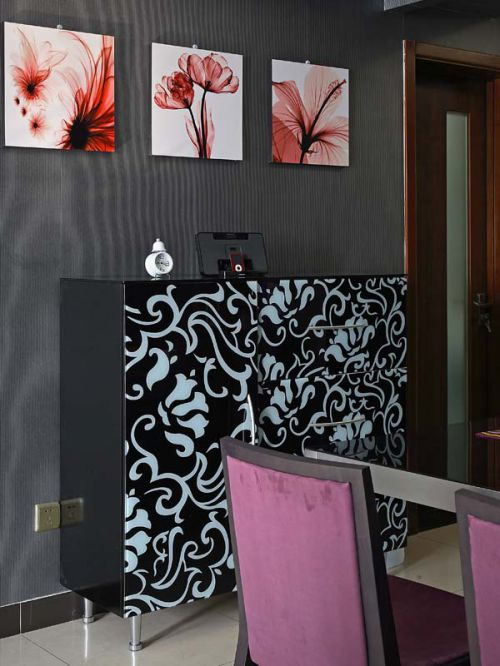 现代简约三居室餐厅壁纸装修图片