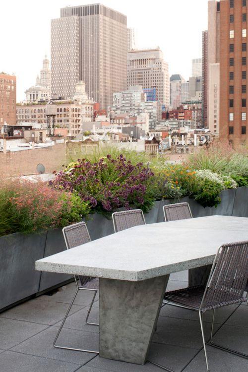 现代风格优雅清新阳台装修效果图