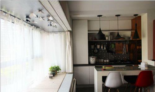 现代简约一居室阳台装修效果图