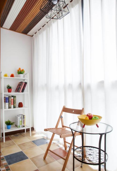 现代简约四居室阳台窗帘装修效果图大全