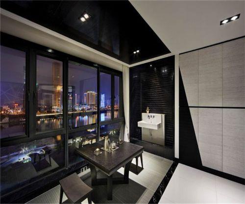 现代简约五居室阳台窗帘装修效果图