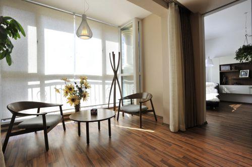 现代简约六居室以上阳台组合柜装修图片