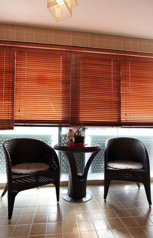 现代简约二居室阳台窗帘装修效果图大全