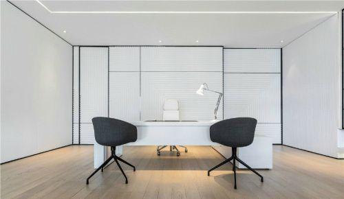 现代简约二居室阳台窗帘装修效果图欣赏
