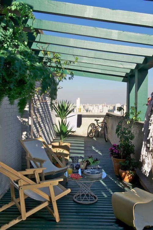 现代简约风清新绿色阳台装修实景图