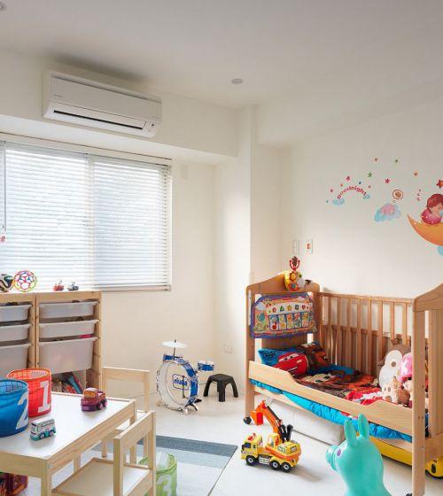 童趣舒适现代风格儿童房装修效果图