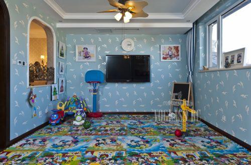 现代简约别墅儿童房装修图片