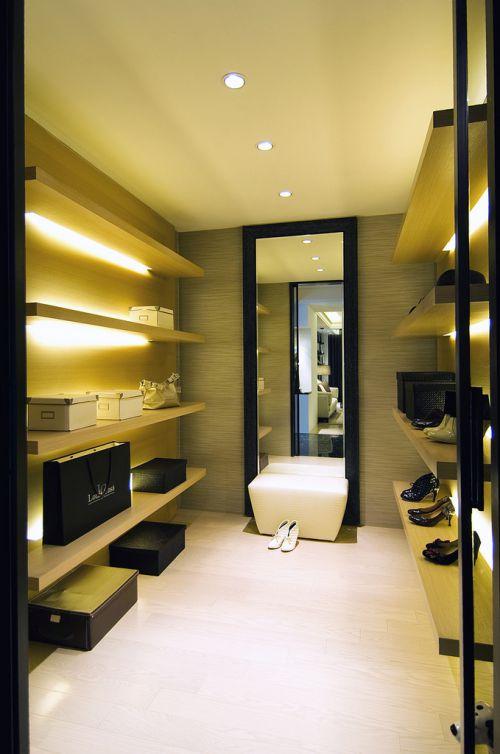 二居室现代风格时尚鞋柜衣帽间效果图