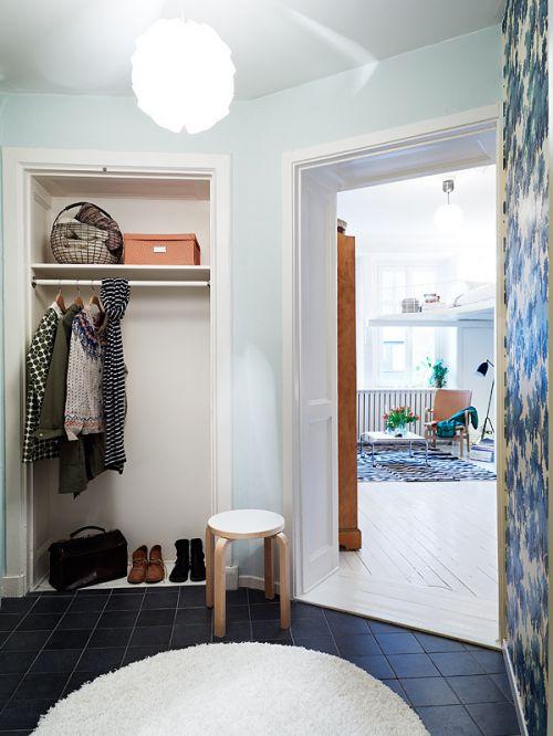 现代风格五居室衣帽间入墙衣柜图片欣赏