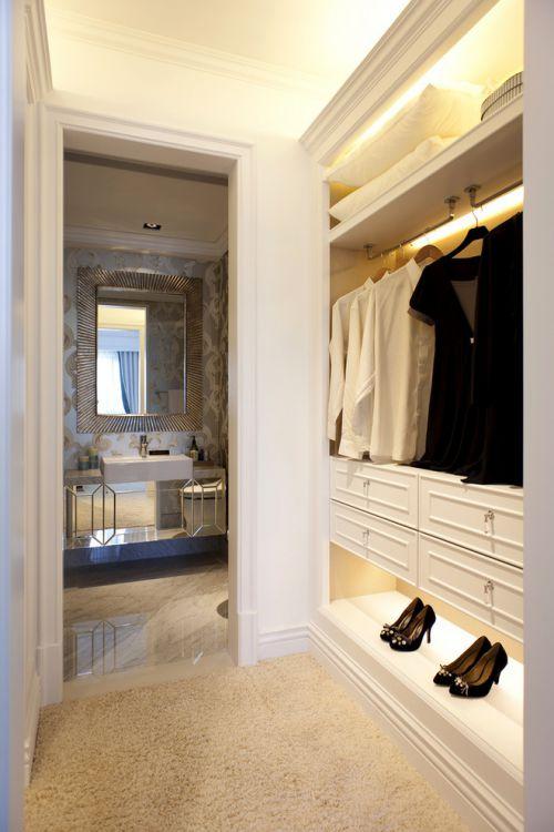 现代风格五居室衣帽间定制鞋柜效果图欣赏