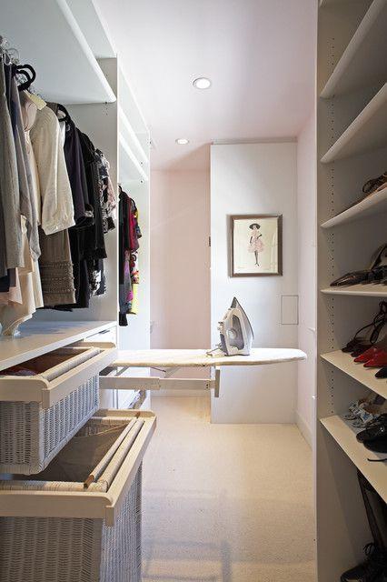 现代风格三居室衣帽间储物柜设计效果图案例