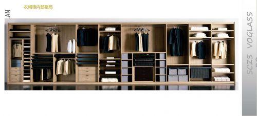 现代简约三居室衣帽间衣柜装修效果图