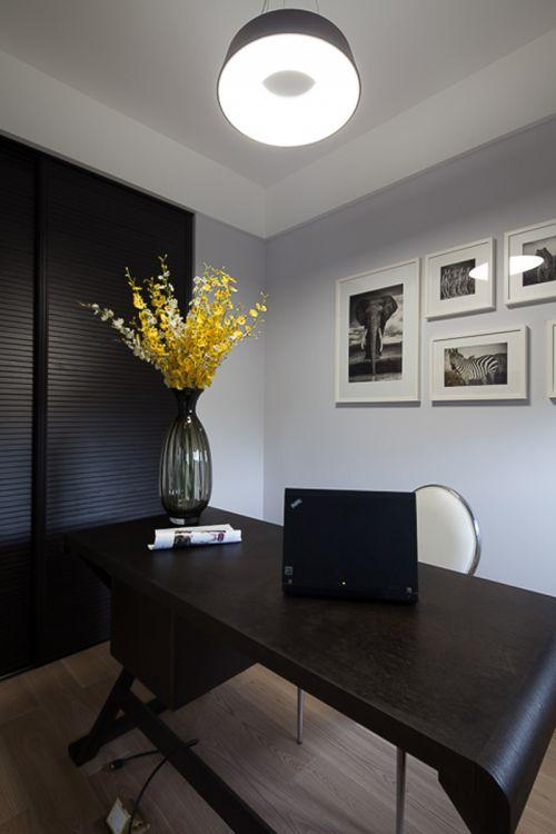 现代简约四居室书房壁纸装修效果图欣赏
