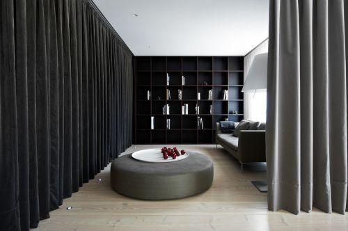 现代简约黑色宽敞书房空间装修效果图