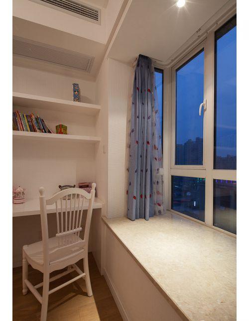 现代简约三居室书房飘窗装修效果图大全