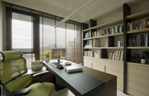 现代简约三居室书房窗帘装修效果图欣赏