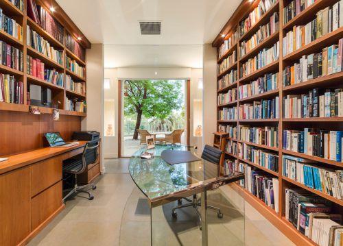 别墅现代风格书房设计图