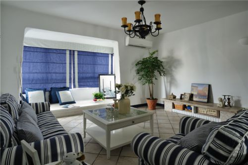 白色清新地中海风格客厅图片欣赏