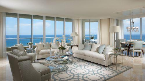 2016蓝色美式客厅装饰案例