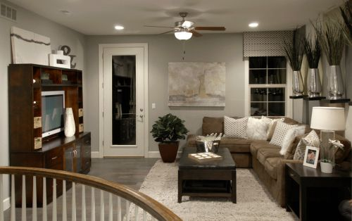 美式风格质感灰色客厅装修赏析