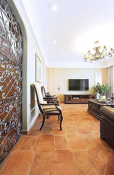 橙色浪漫美式风格客厅装修设计