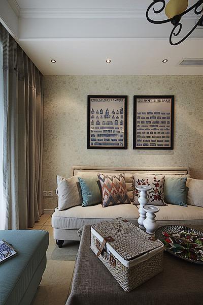 灰色摩登复古美式风格客厅照片墙美图赏析