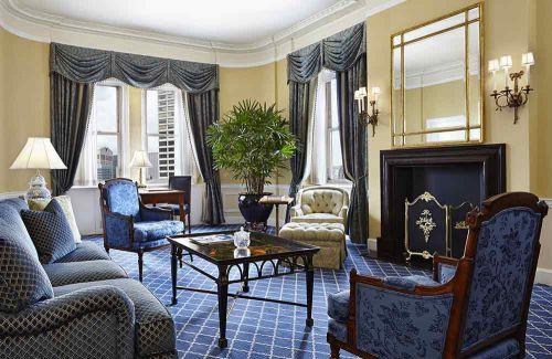 庄重大气美式客厅装修案例