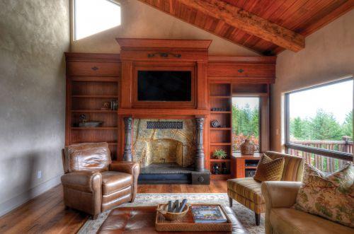 红色大气美式风格客厅装潢赏析