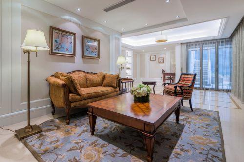 白色大气美式风格客厅装饰设计