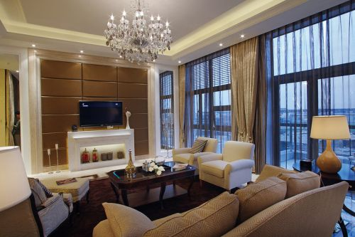 黄色美式客厅装修设计