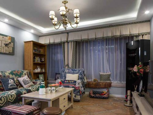 混搭美式客厅装修设计图片