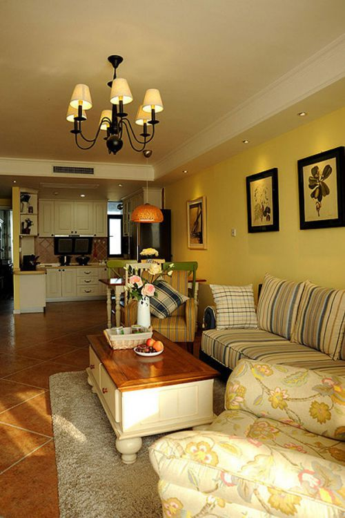 黄色清新混搭风客厅设计图片