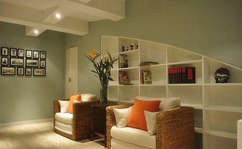 混搭风格米色温馨客厅装修案例