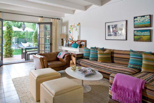 混搭东南亚设计客厅效果图欣赏