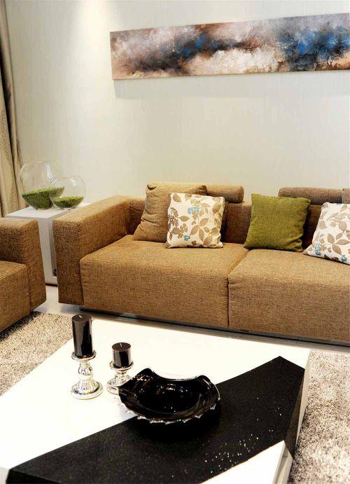 现代混搭风格客厅设计图