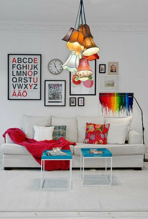 白色缤纷时尚混搭客厅照片墙图片赏析