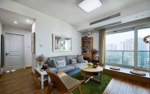 淡雅灰色混搭客厅飘窗设计图