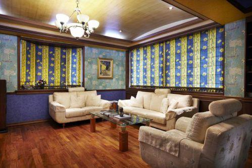 沉稳大气奢华混搭风格客厅装潢装修图