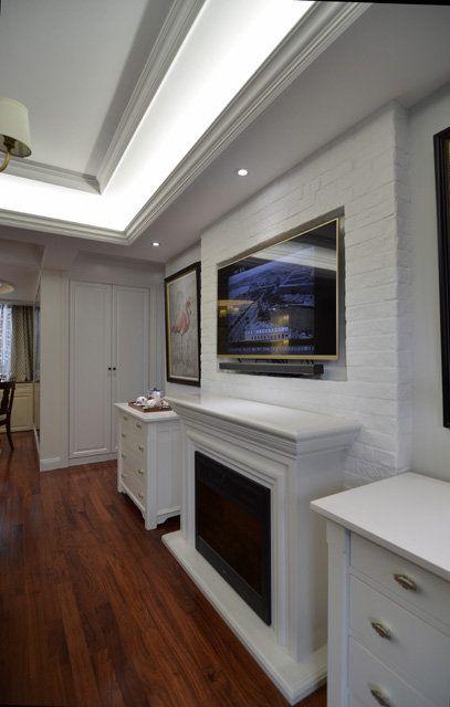 白色宜家客厅电视背景墙装饰设计图片