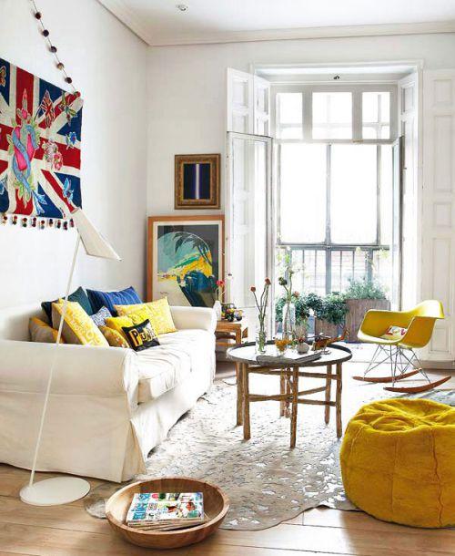 彩色清新宜家风格客厅装潢案例