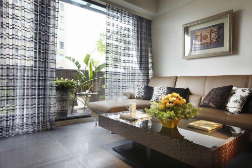 黑色简欧风格客厅窗帘设计案例