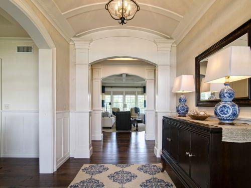 2016雅致米色新古典风格客厅装修设计