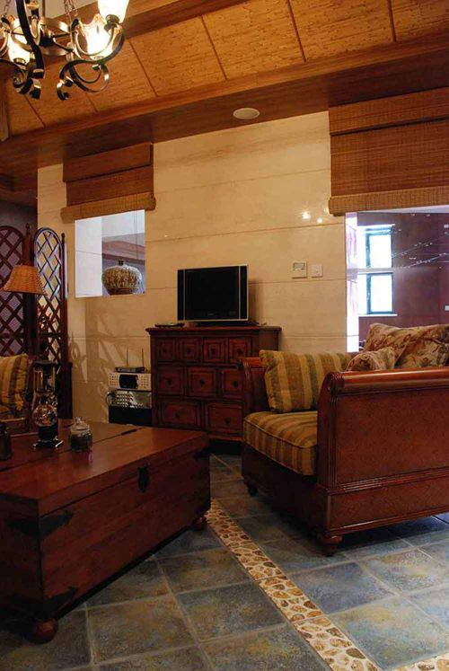 新古典风格客厅怀旧设计