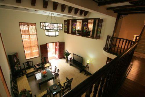 新古典大气黄色客厅设计案例