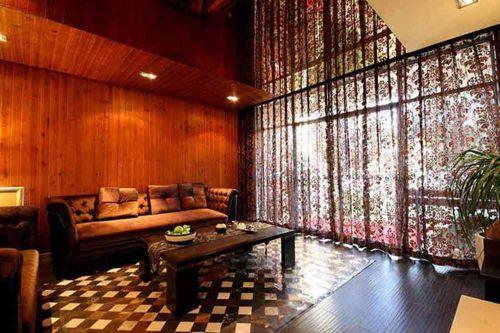 原木系新古典客厅装潢