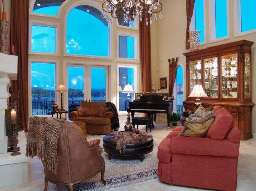 红色新古典风格客厅装修欣赏