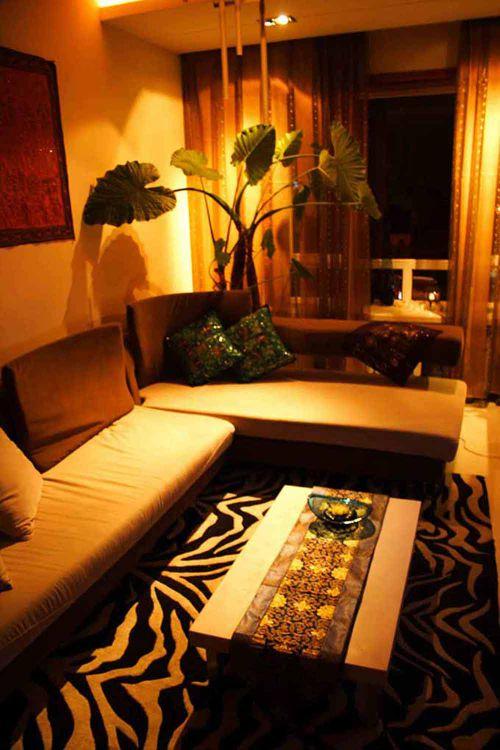 东南亚风格温馨客厅装修效果图