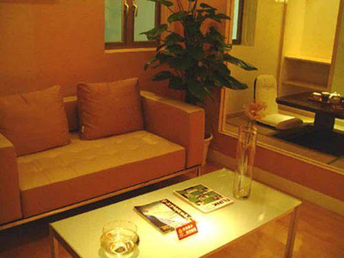 东南亚风格温馨小户型客厅布置