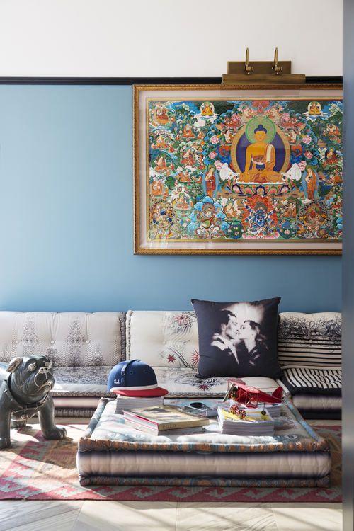 蓝色东南亚特色禅意客厅装修布置