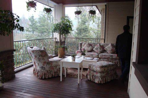 清新休闲田园碎花户外客厅设计
